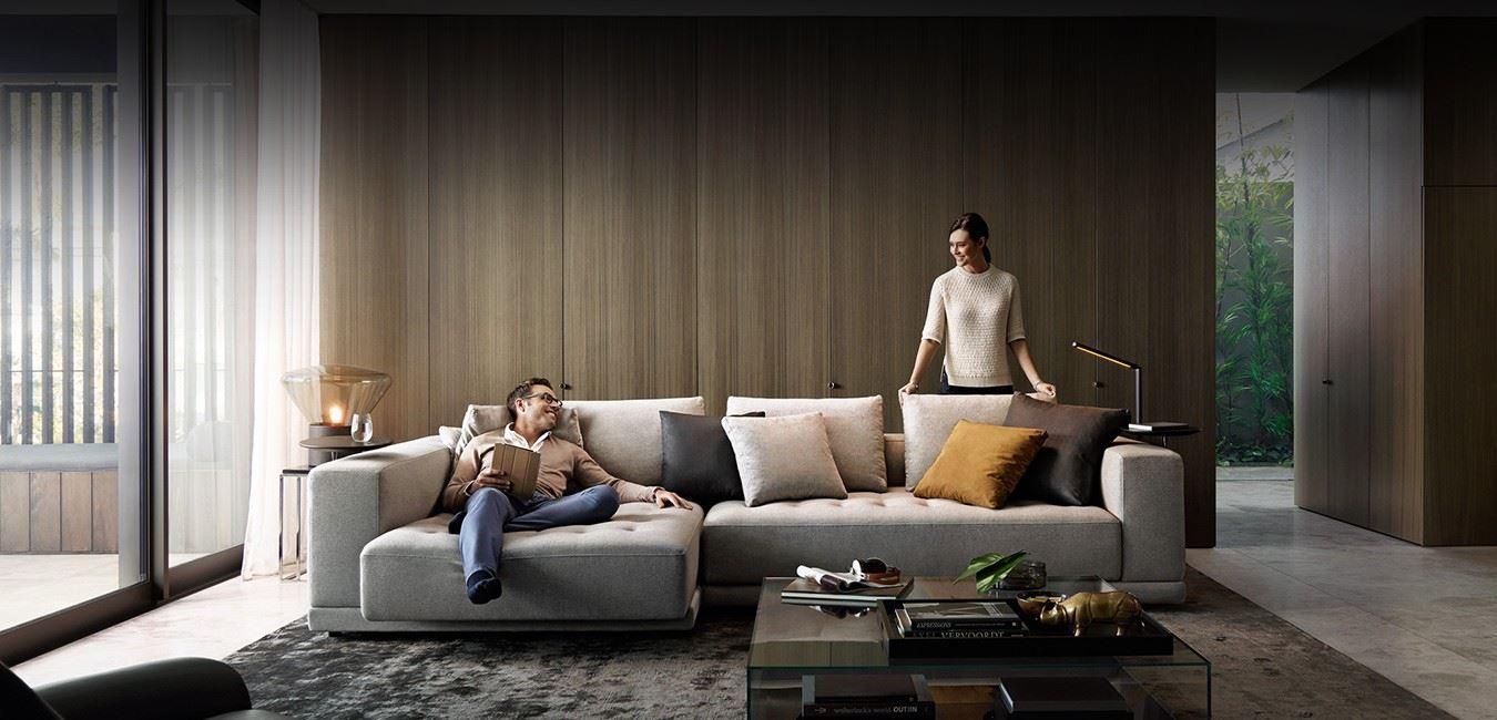 Большой диван в интерьере (18)