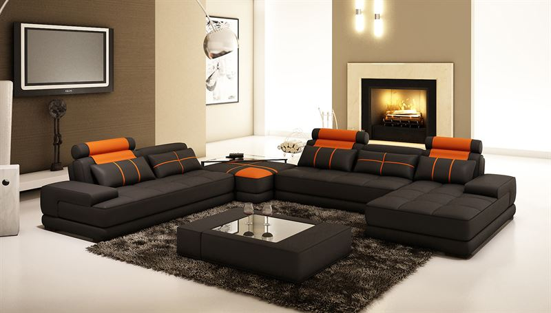 Большой диван в интерьере (4)