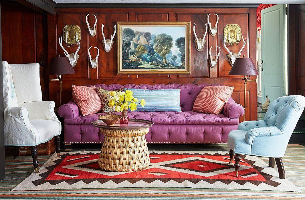 Диван в интерьере гостиной (6)