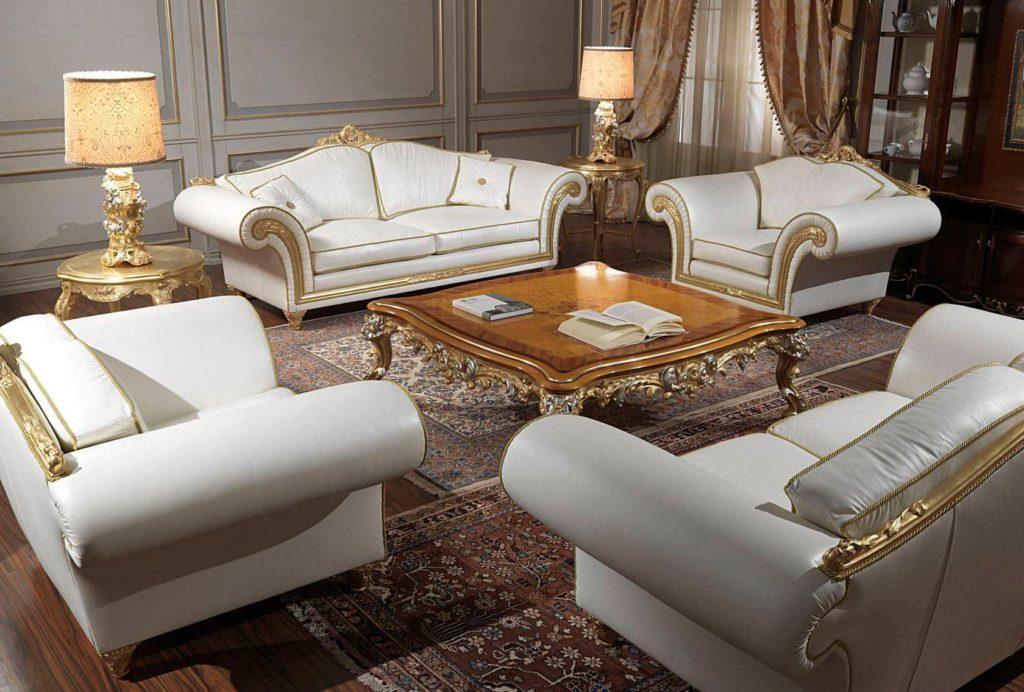 Интерьер комнаты оформленный мягкой мебелью классического стиля
