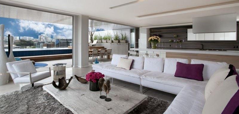 Большой современный диван
