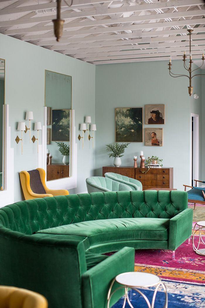 Зеленый диван (16)