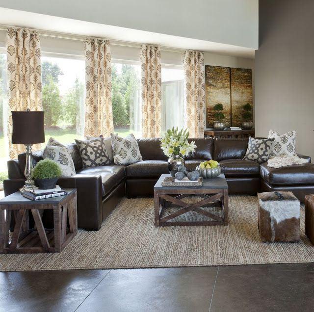 Коричневый диван в интерьере (10)
