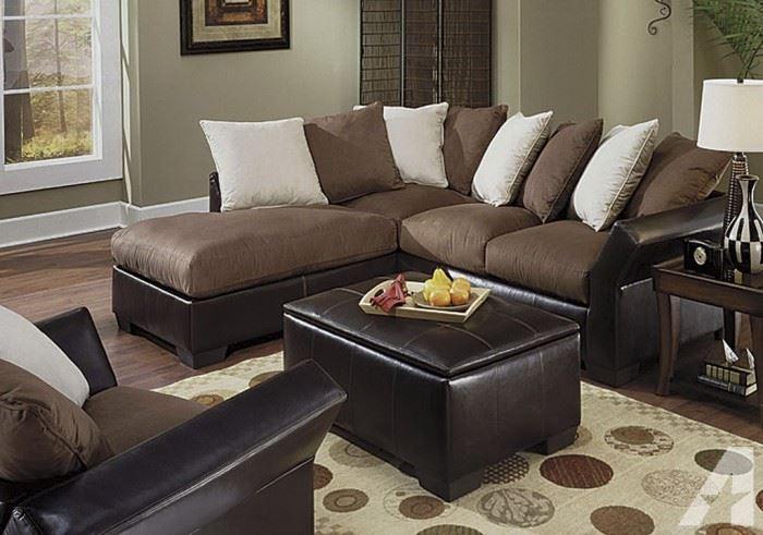 Коричневый диван в интерьере (2)