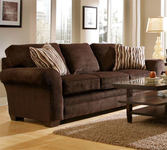 Коричневый диван в интерьере (24)