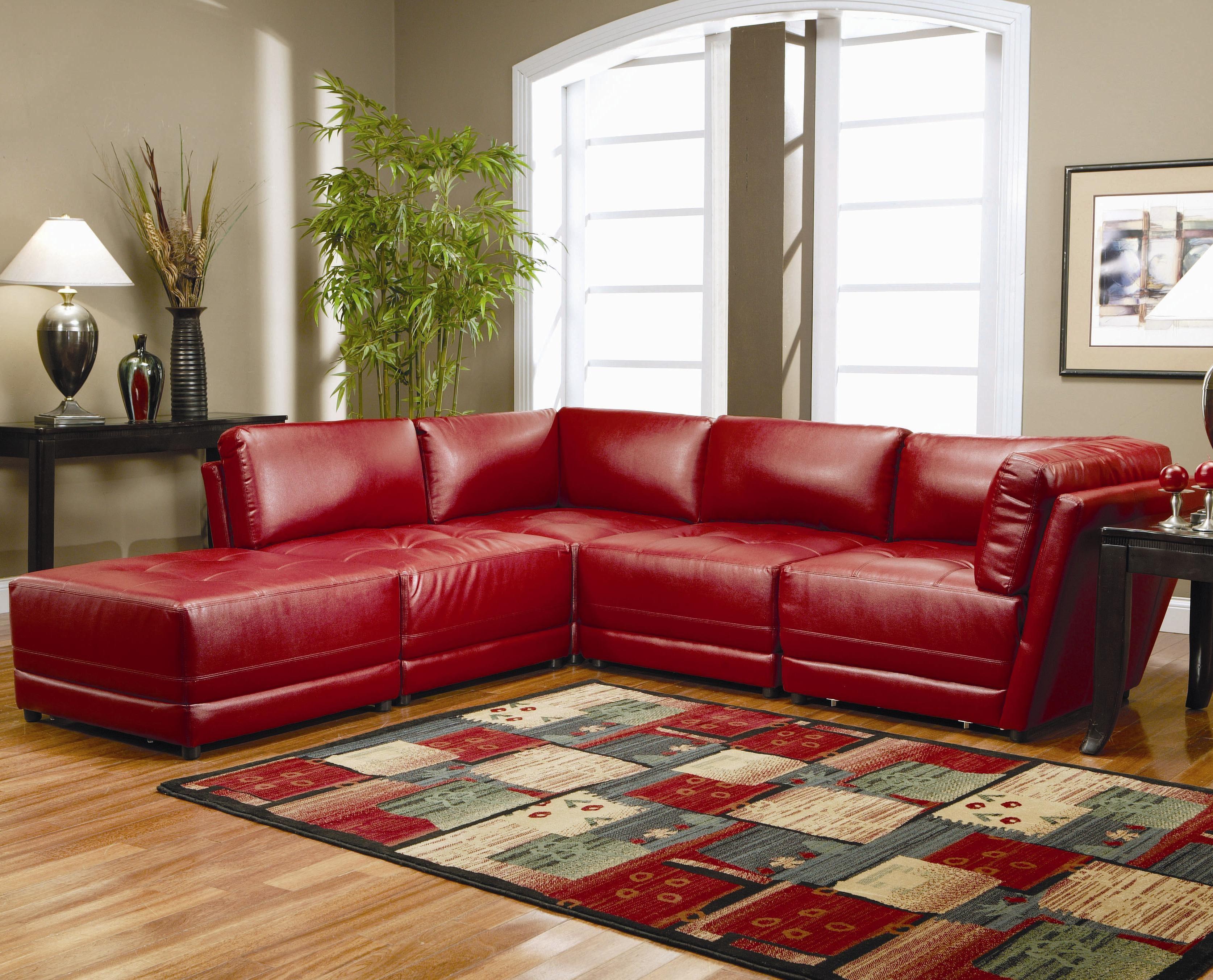 Красный диван (14)