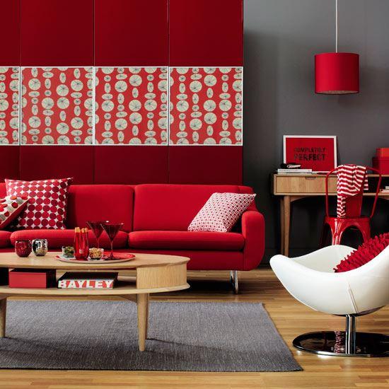 Красный диван (21)