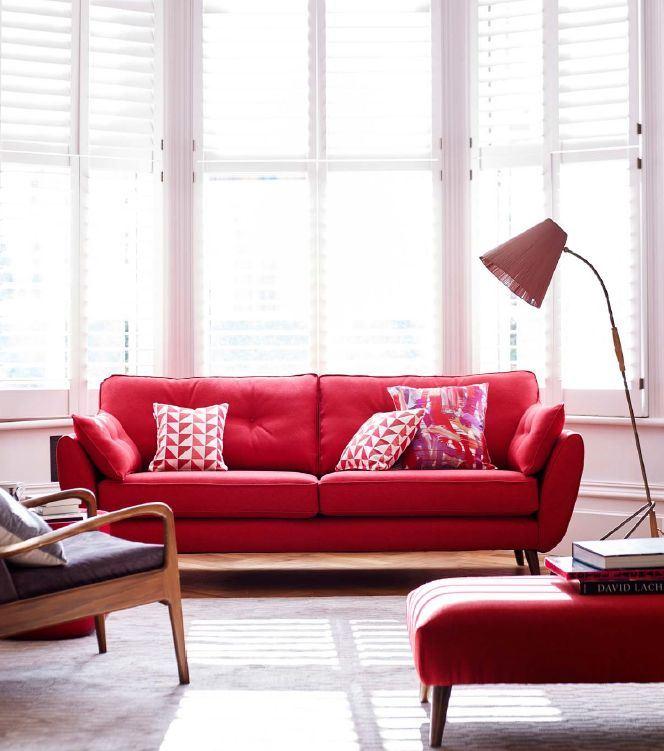 Красный диван (4)