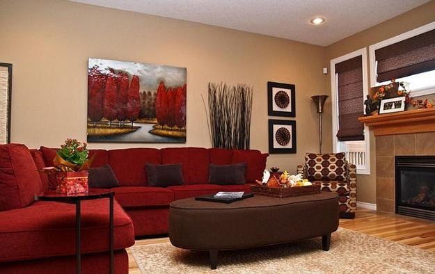 Красный диван (41)