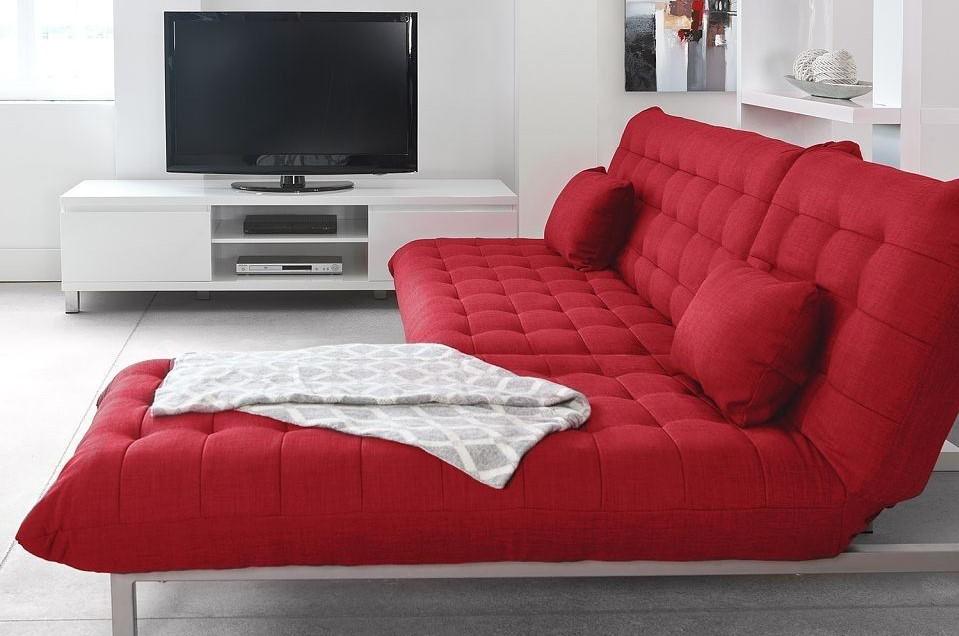 Красный диван (56)