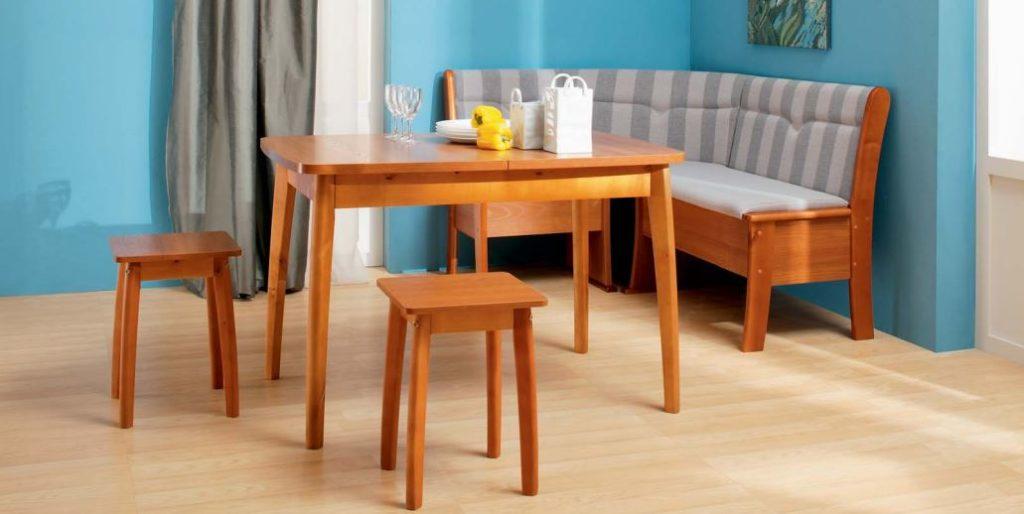 Кухонный уголок с тканевой обивкой и деревянным каркасом