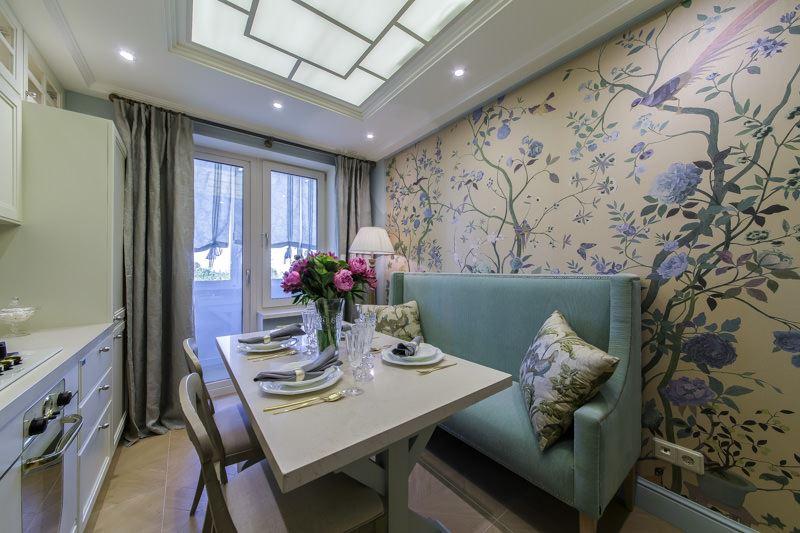 Стильный диван в маленькой кухне