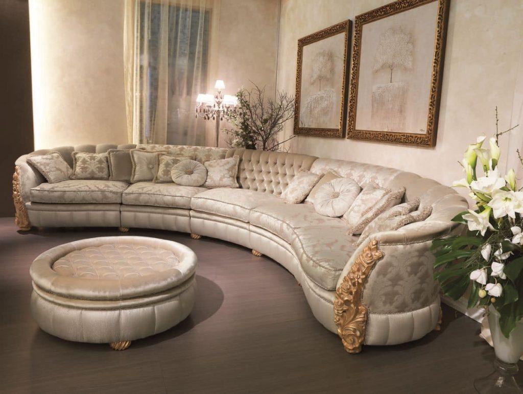 Классический полукруглый диван