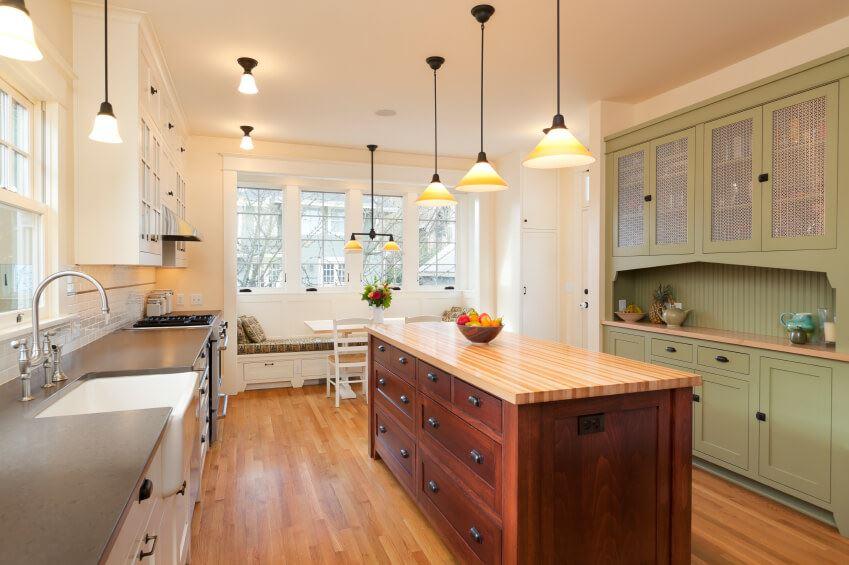 Размещение дивана на кухне (6)