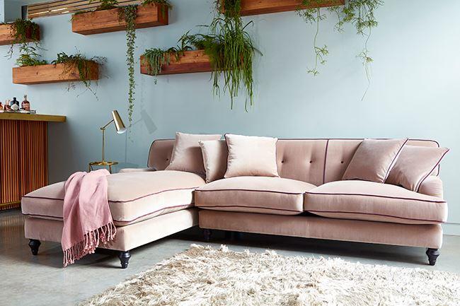 Розовый диван (16)