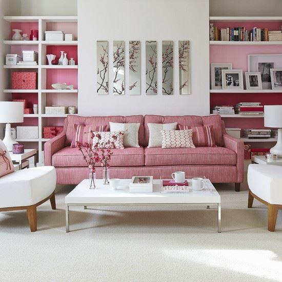 Розовый диван (17)