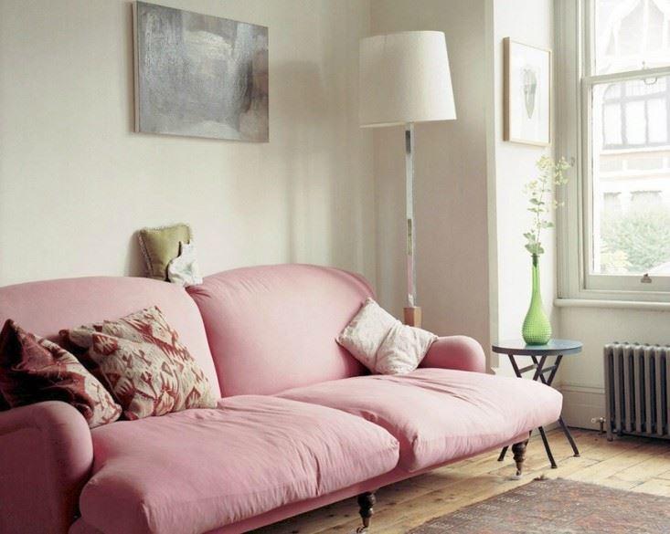 Розовый диван (22)