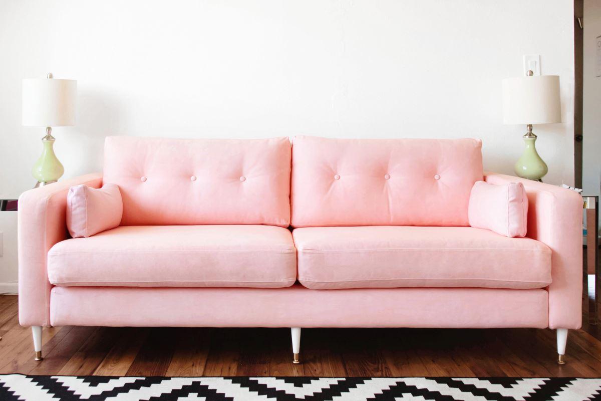 Розовый диван (25)
