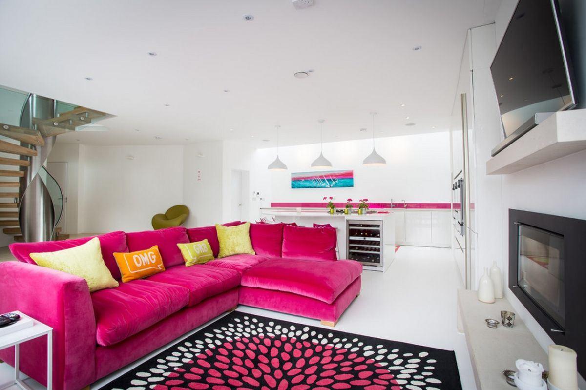 Розовый диван (31)