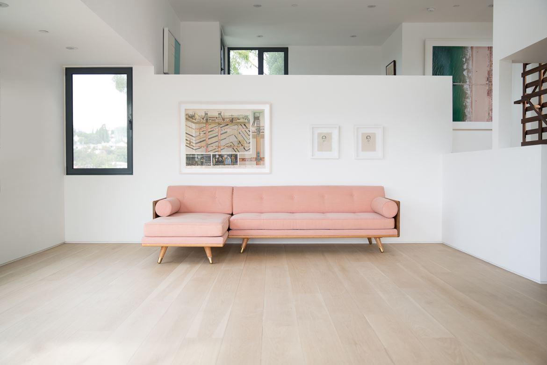 Розовый диван (34)