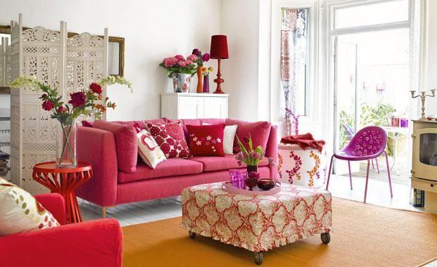 Розовый диван (42)