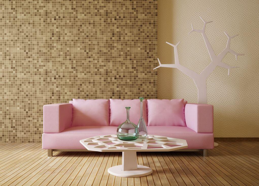 Прямой трехместный мягкий розовый диван