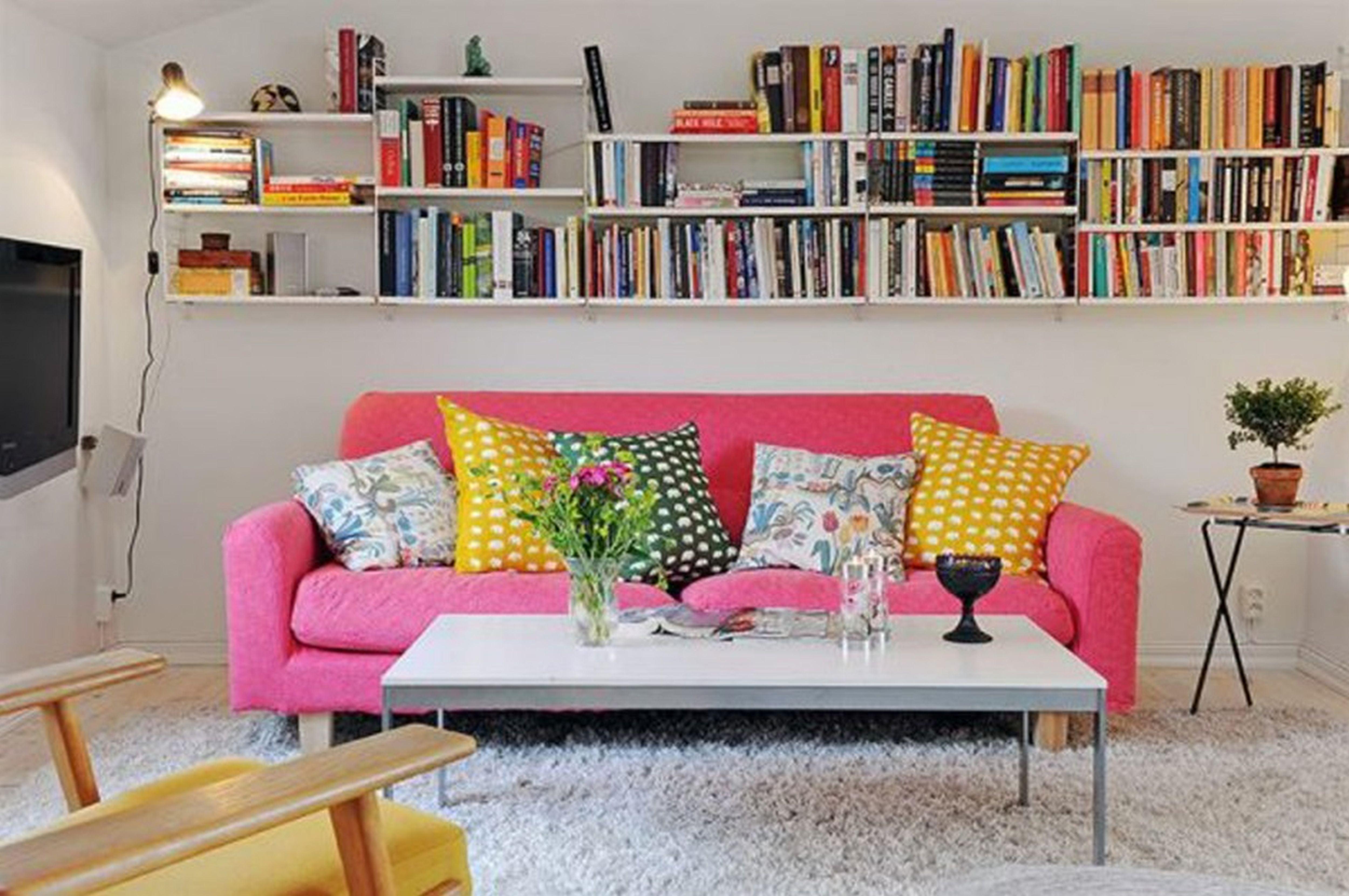 Розовый диван (53)