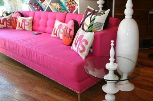 Розовый диван (55)