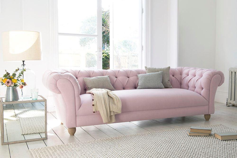 Розовый диван (60)