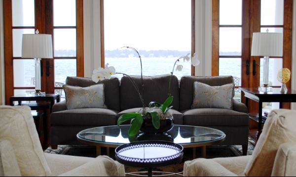 Серый диван (32)