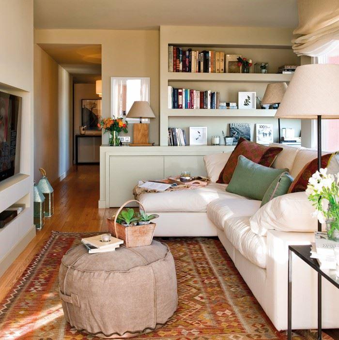 Угловой диван со спальным местом в гостиной (24)