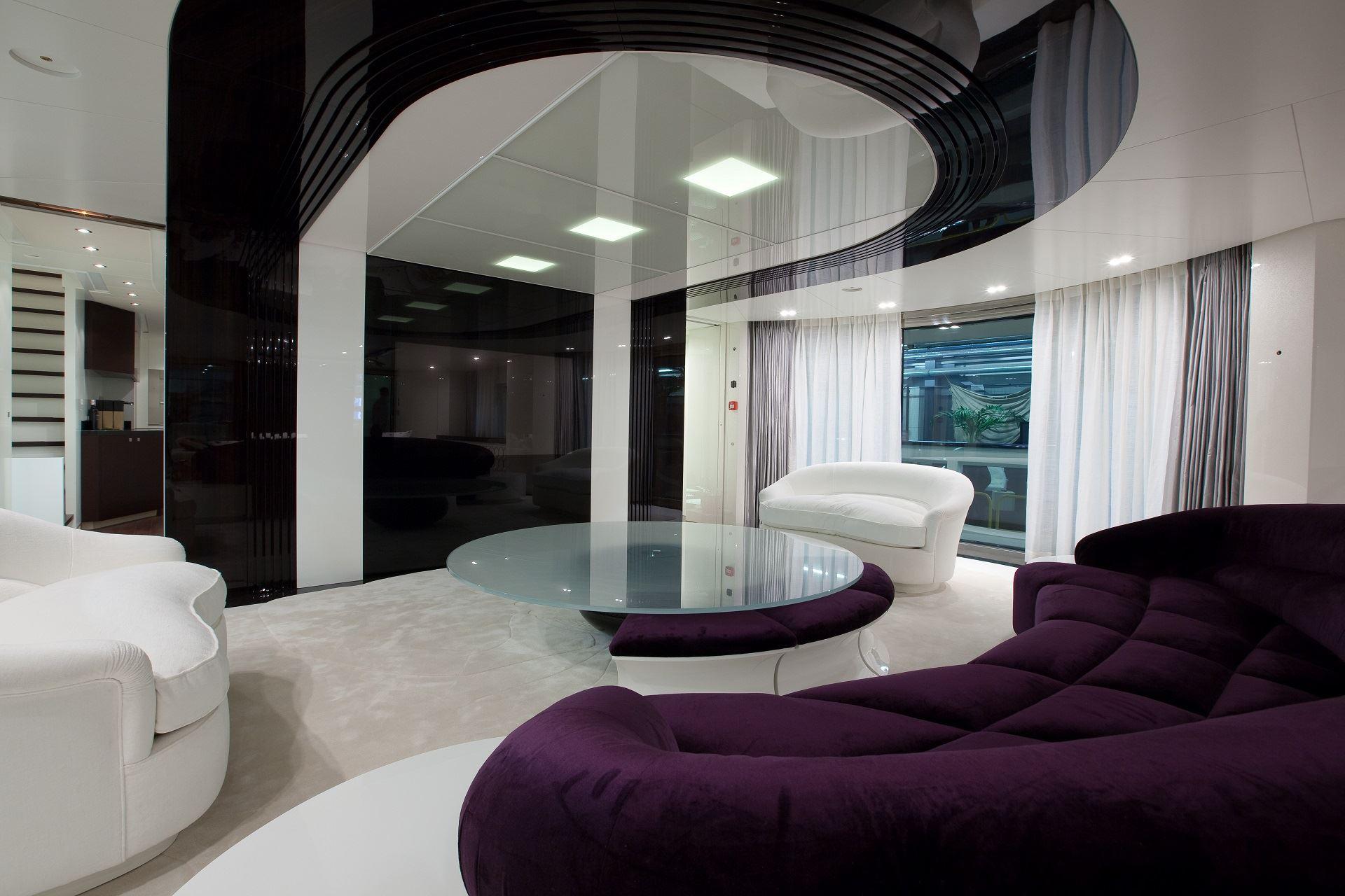 Фиолетовый диван (13)