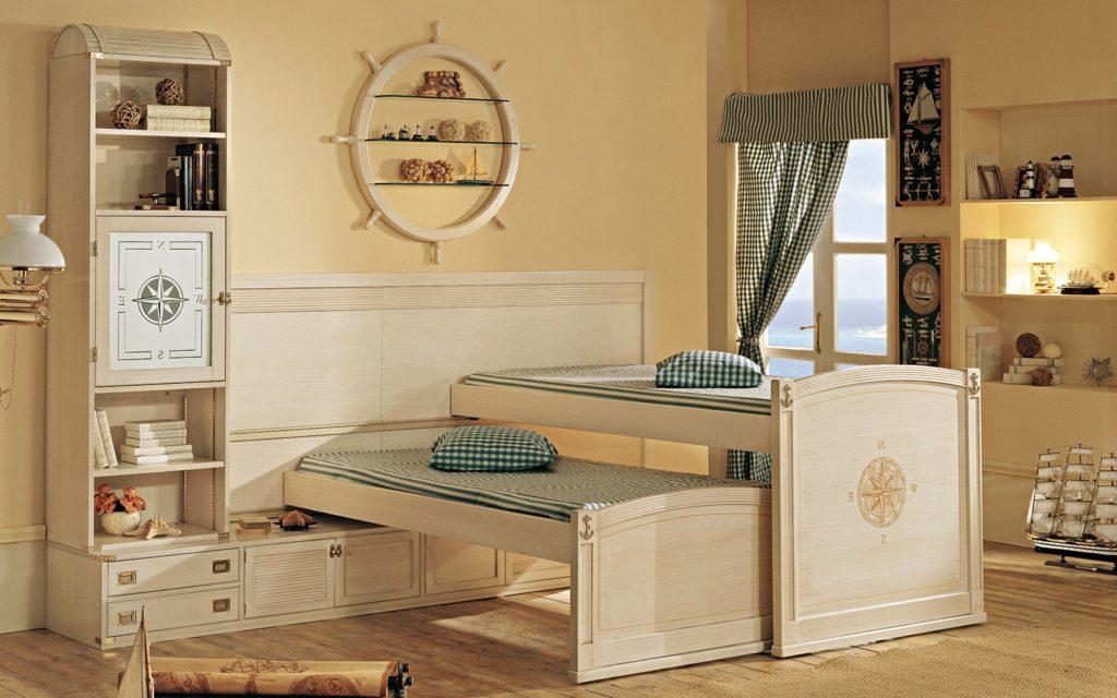 Интерьер детской комнаты в морском стиле с двухъярусной выдвижной кроватью