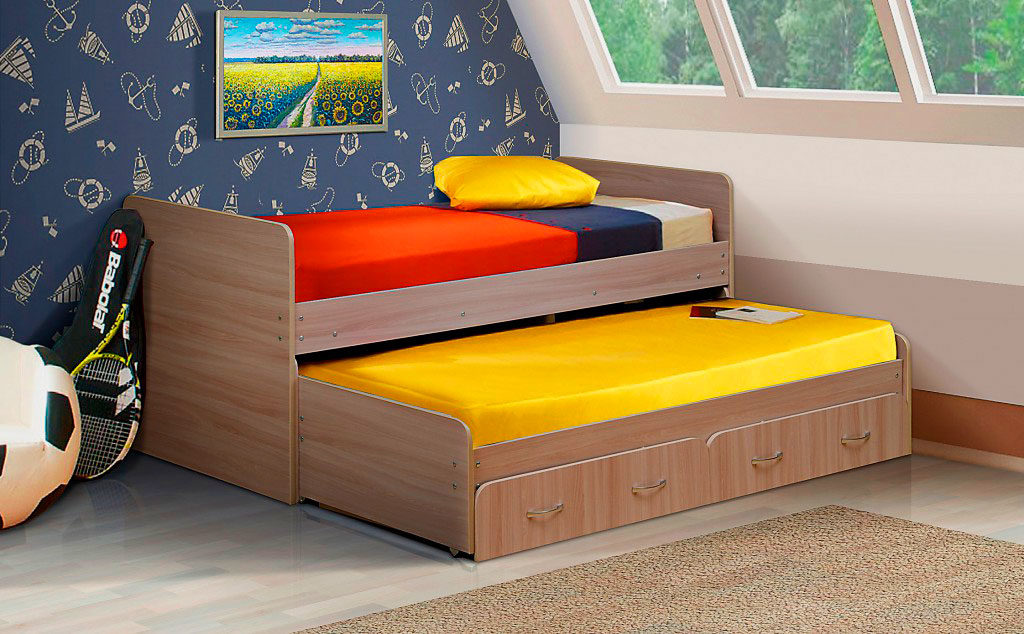 Детская стационарная кровать матрешка выдвижного типа