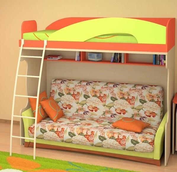 Кровать чердак в детской комнате с прямым диваном в тканевой обивке под ней