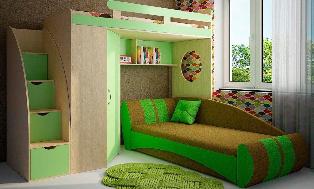 Двухъярусная кровать с диваном-кушеткой внизу в интерьере детской комнаты