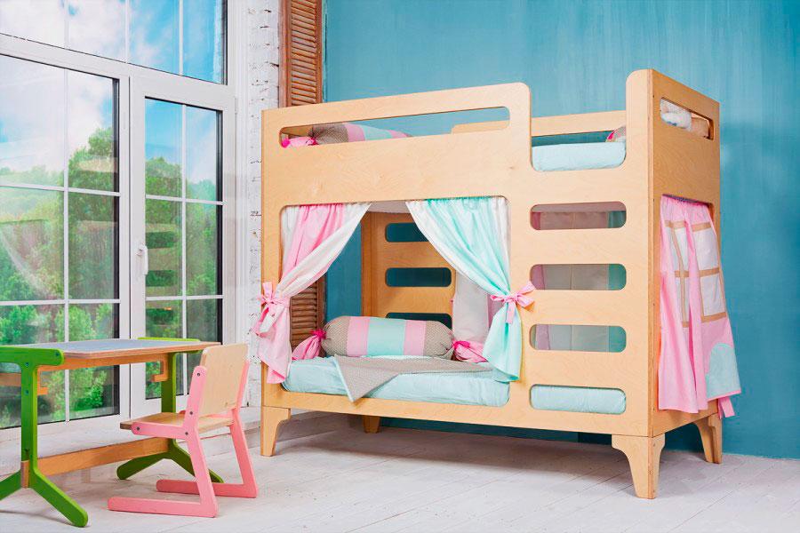 Прямая двухъярусная кровать для девочек