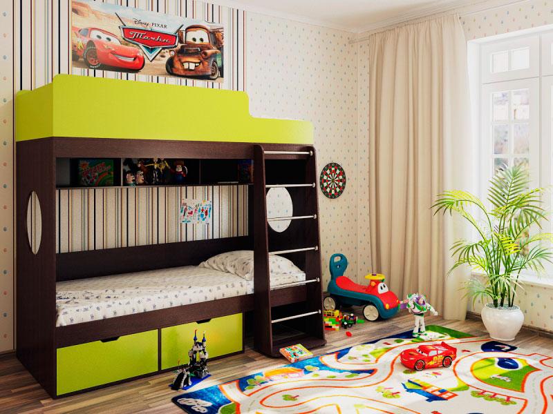 Двухъярусная кровать с высокими бортиками на верхнем ярусе