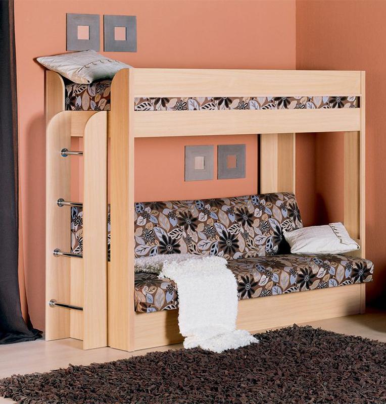 Фото деревянной двухъярусной кровати с диваном