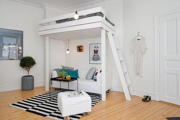 Двухспальная двухъярусная кровать с диваном