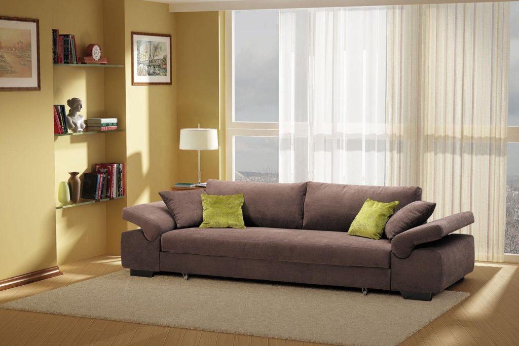 Прямой раскладной диван для сна в спальной вместо кровати