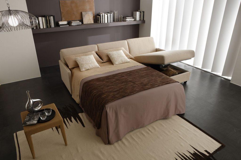Фото углового дивана вместо кровати в спальной