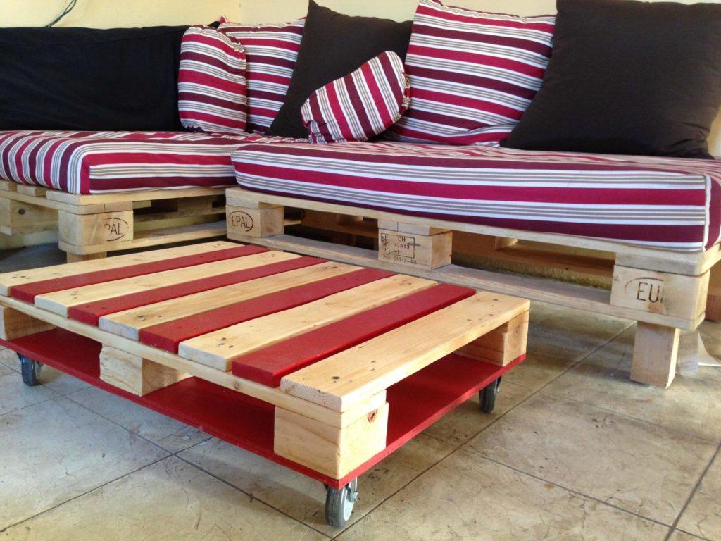 Фото подушек дивана из поддонов