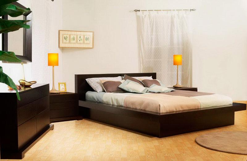 Кровать в спальной комнате (40)