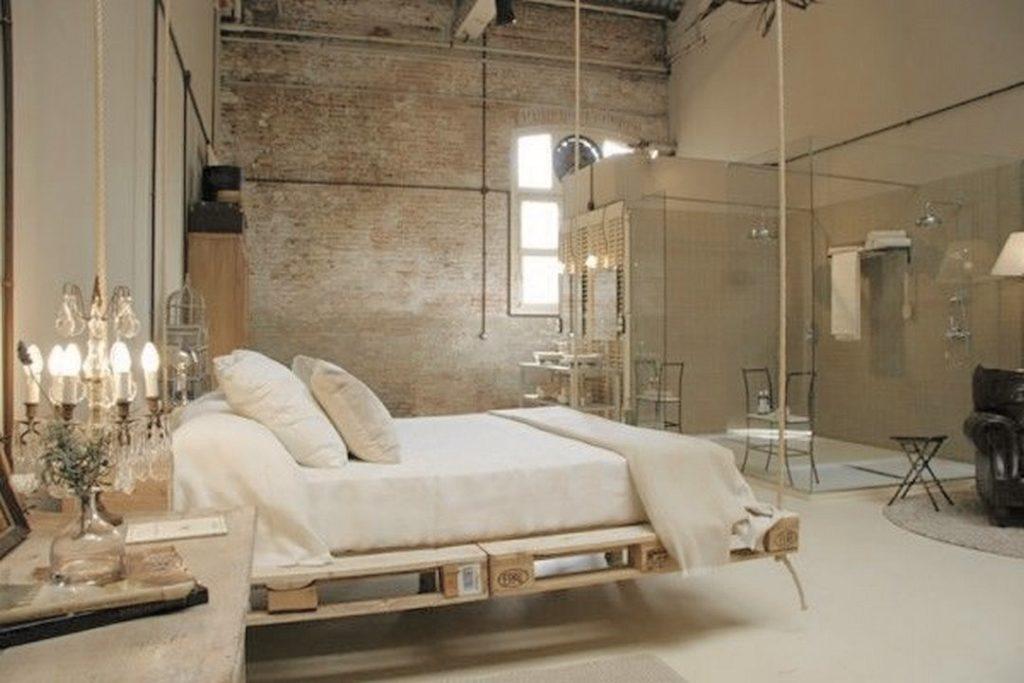Подвесная кровать сделанная своими руками из паллет