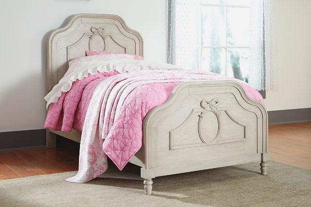 Кровать с изножьем (12)