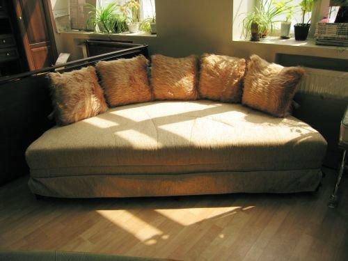 Круглый диван-кровать (14)