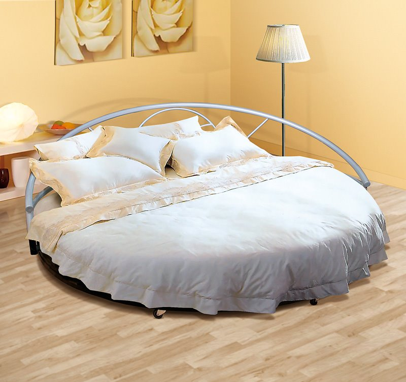 Круглый диван-кровать (2)