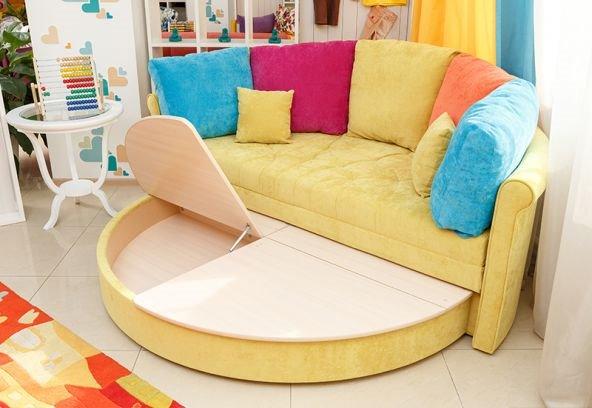 Круглый диван-кровать (21)