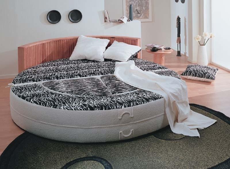 Круглый диван-кровать (4)